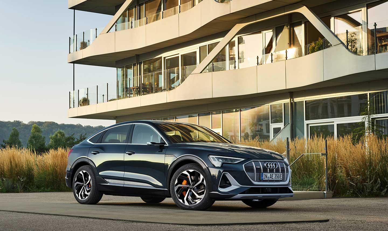Audi-etron-sportback-azul