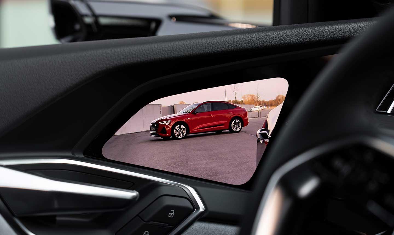 Audi-etron-sportback-virutual-mirrors